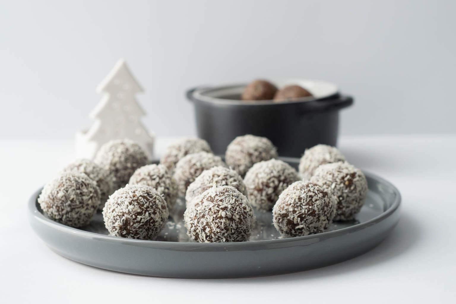 Energyballs mit Zimt sind vor allem in der Weihnachtszeit super lecker