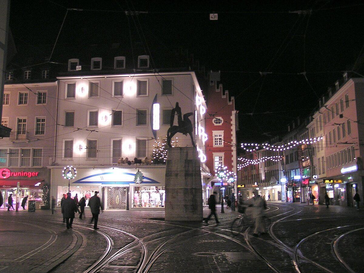 Aufgrund der günstigeren Preise gehen viele Schweizer gerne in Freiburg shoppen