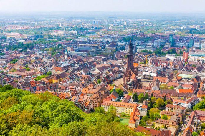 Freiburg im Breisgau verfügt über seinen ganz eigenen Charme und ist ein beliebtes Urlaubsziel
