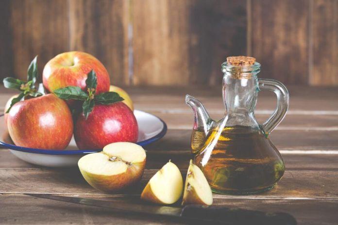 Apfelessig Haut - Inhaltsstoffe, Wirkung und Anwendung